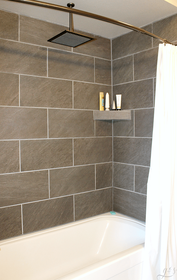 DIY How To Tile A Shower Surround With Tub | This Master Suite Bathroom Is  Spacious