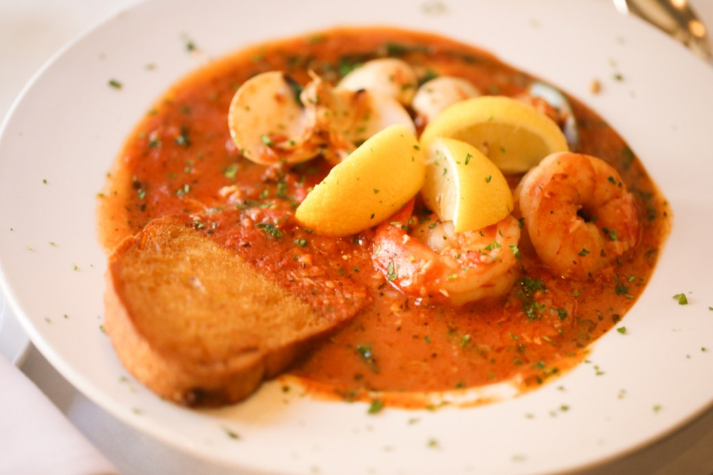 grounds cioppino