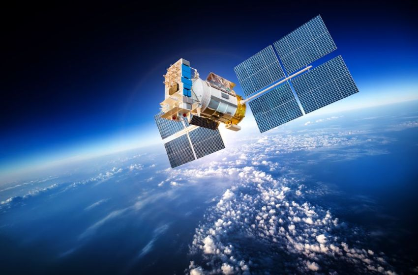 Space helps to protect the climate