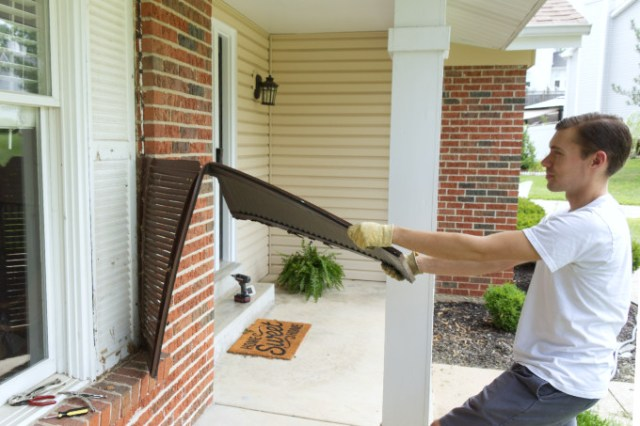 Removing porch shutters