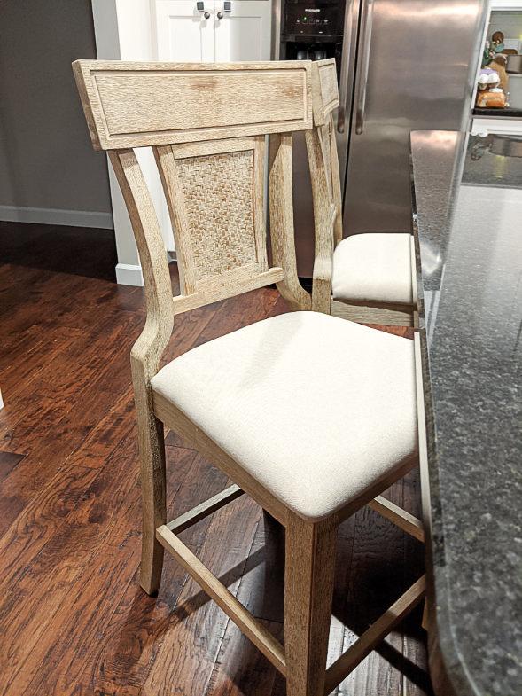Cushioned bar stool