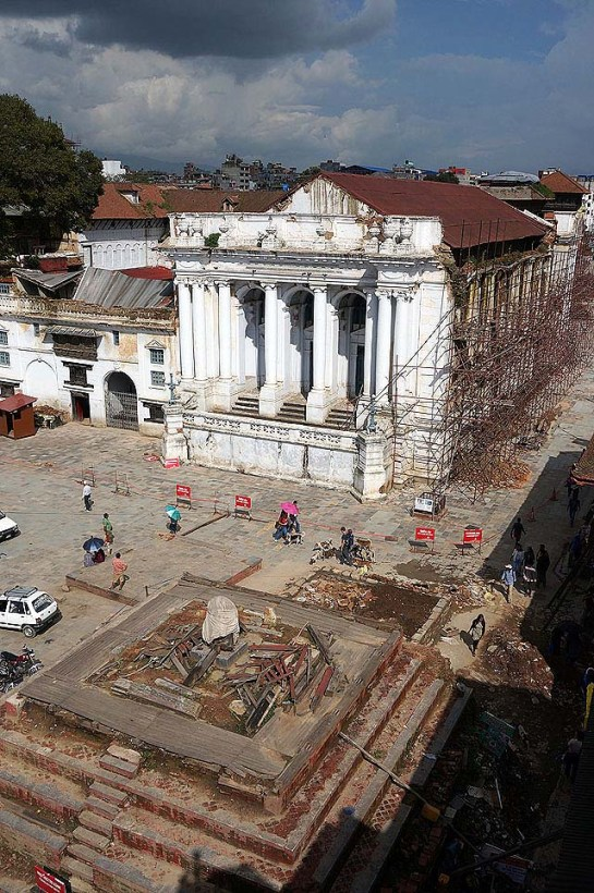 Durbar square - not sure that the bamboo scaffolding is helping really