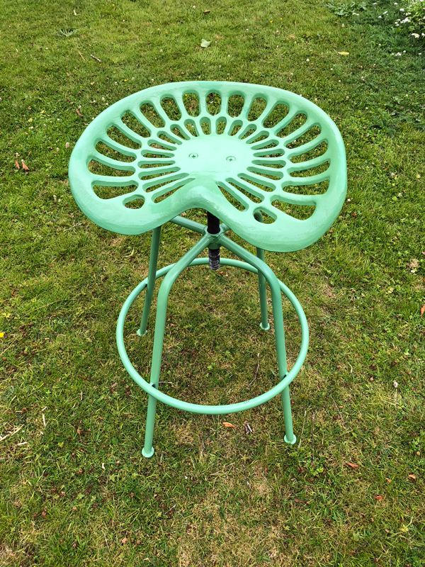 tractor-stool-before
