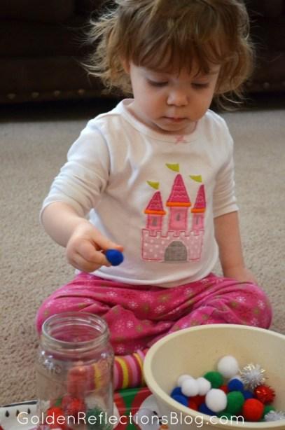 Pre-writing Activities for Kids - Pom Pom Task Tray   www.GoldenReflectionsBlog.com