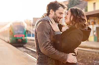 Advice From a Dating Coach: How To Create A Great Online Dating Profile