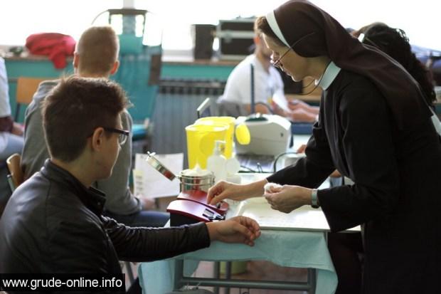 darivanje-krvi-za-maturante-4