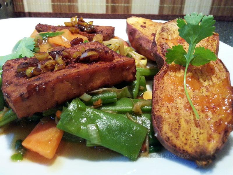 Vegan Fasten - Tag 7 - Grüne Bohnen, Karotten und Sprossen aus dem Wok und Chili-Tofu mit Zitronengras