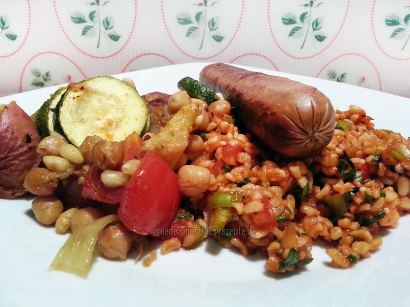 ...auch als Grillteller-Beilage schmeckt das vegane Pfirsich-Gemüse sehr gut :)