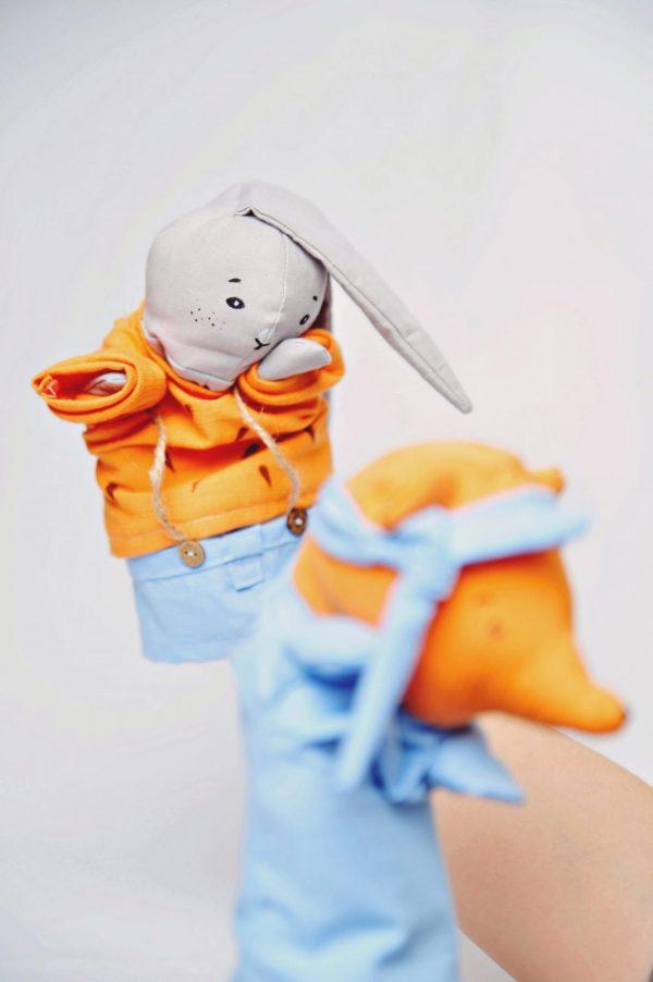 zabawki edukacyjne o emocjach pacynka wstyd