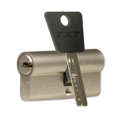 mul-t-lock-7x7