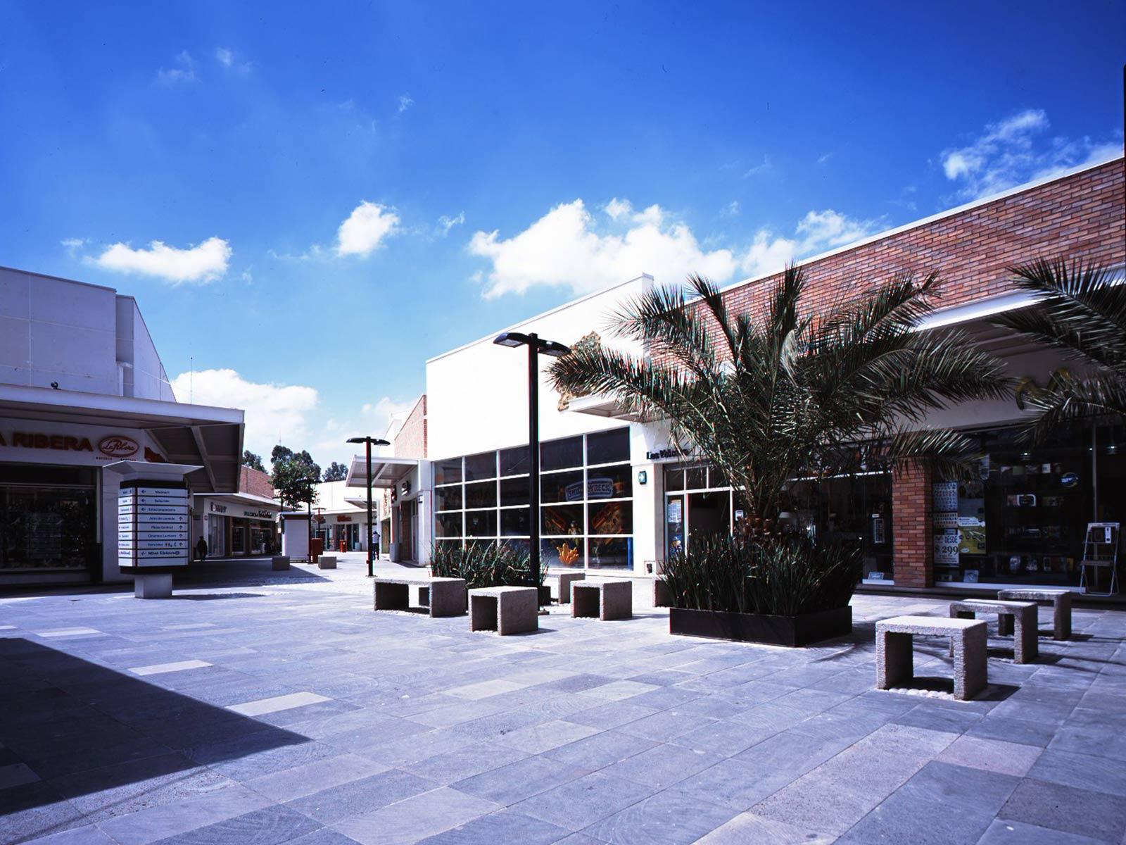Grupo Arquitech  Arquitectura  Centros Comerciales