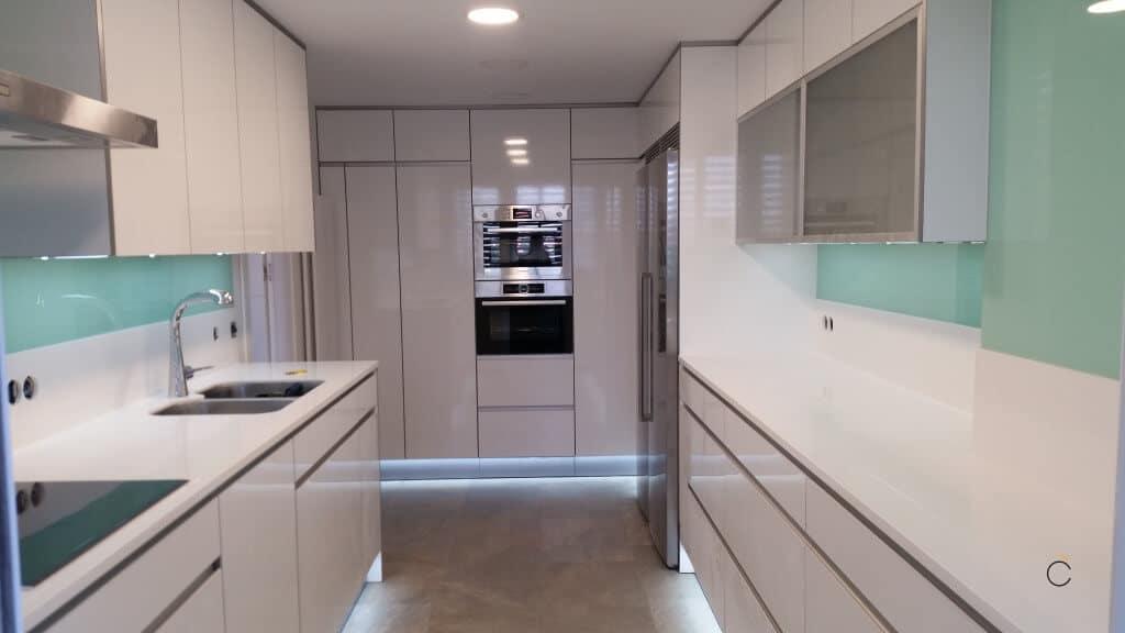 10 Cocinas Blancas  Cocinas Blancas Modernas 2019  Coeco