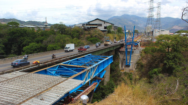 Bridge on the Virilla river. Costa Rica.