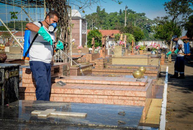Cemitério municipal passará por dedetização no sábado e domingo
