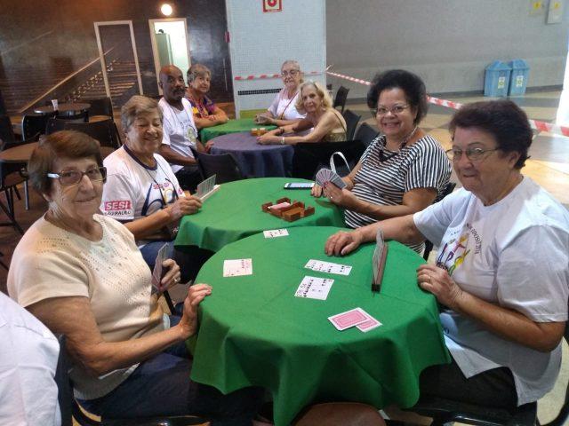 Jogos Municipais dos Idosos reúnem participantes em clima de confraternização