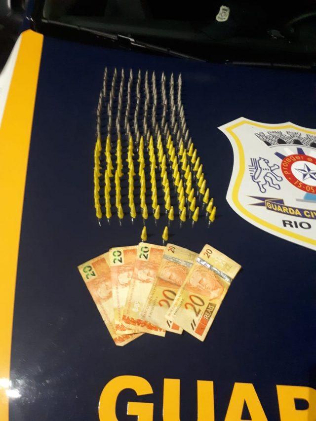 Menor é detido pela GCM por tráfico na Vila Olinda