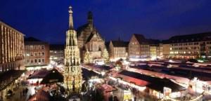 Den weltberühmten Christkindlesmarkt in Nürnberg besuchen