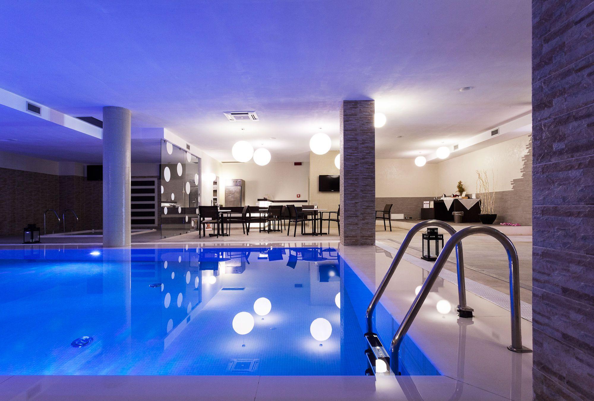 Realizzazione piscina interna  Borgo Don Chisciotte