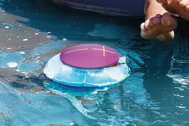 Protger son enceinte bluetooth aux abords de la piscine  Scurit