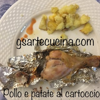 Cosce di pollo e Patate al cartoccio-Chicken thighs into a cartoccio