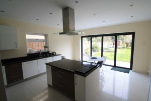painting a kitchen in south woodford