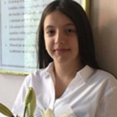 Leticia, nxënëse