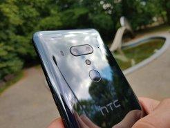 HTC U12+ / fot. gsmManiaK.pl