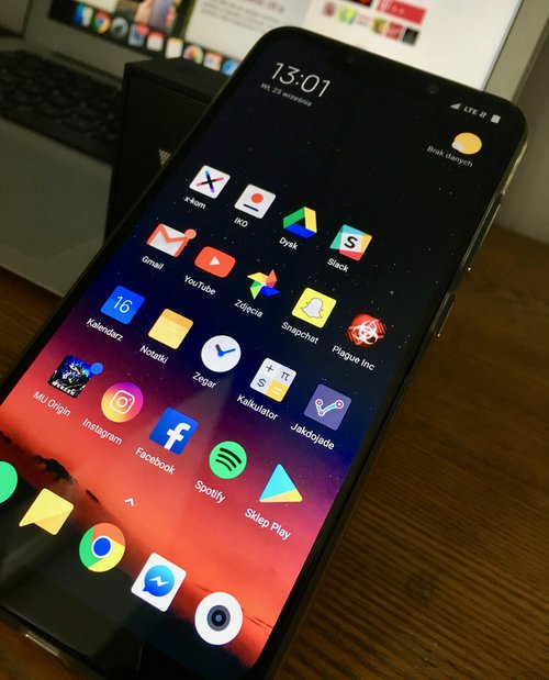 Is POCOPHONE F1 a new killer of flagships? Opinion after a