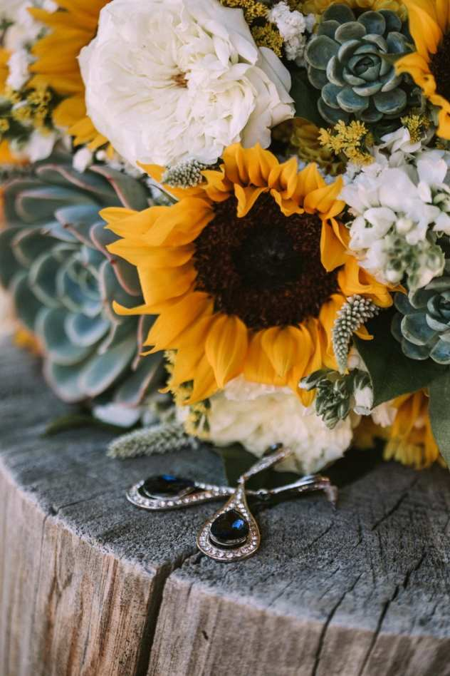 GW1 0151 1 Seattle and Snohomish Wedding and Engagement Photography by GSquared Weddings Photography