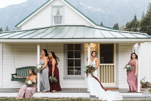 bride and bridesmaids ashe and alder wedding photography darrington oso farmhouse seattle wedding photographer