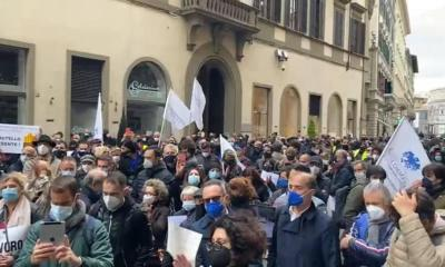 Confcommercio-porta-gli-imprenditori-in-piazza-a-Firenze-e-a-Roma-Fateci-riaprire-attivita-allo-stremo.