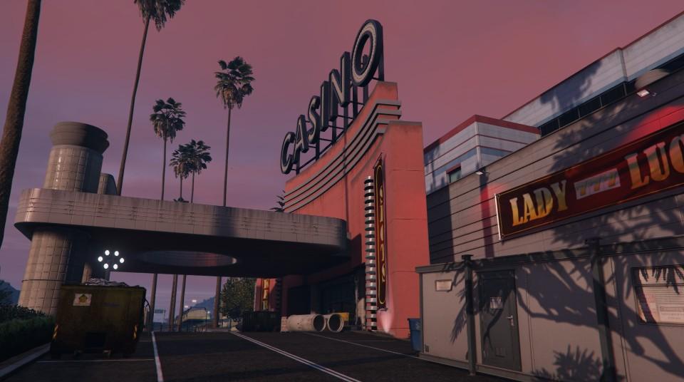 """Travaux à l'entrée du """"Diamond Casino & Hôtel"""" - Semaine 7"""