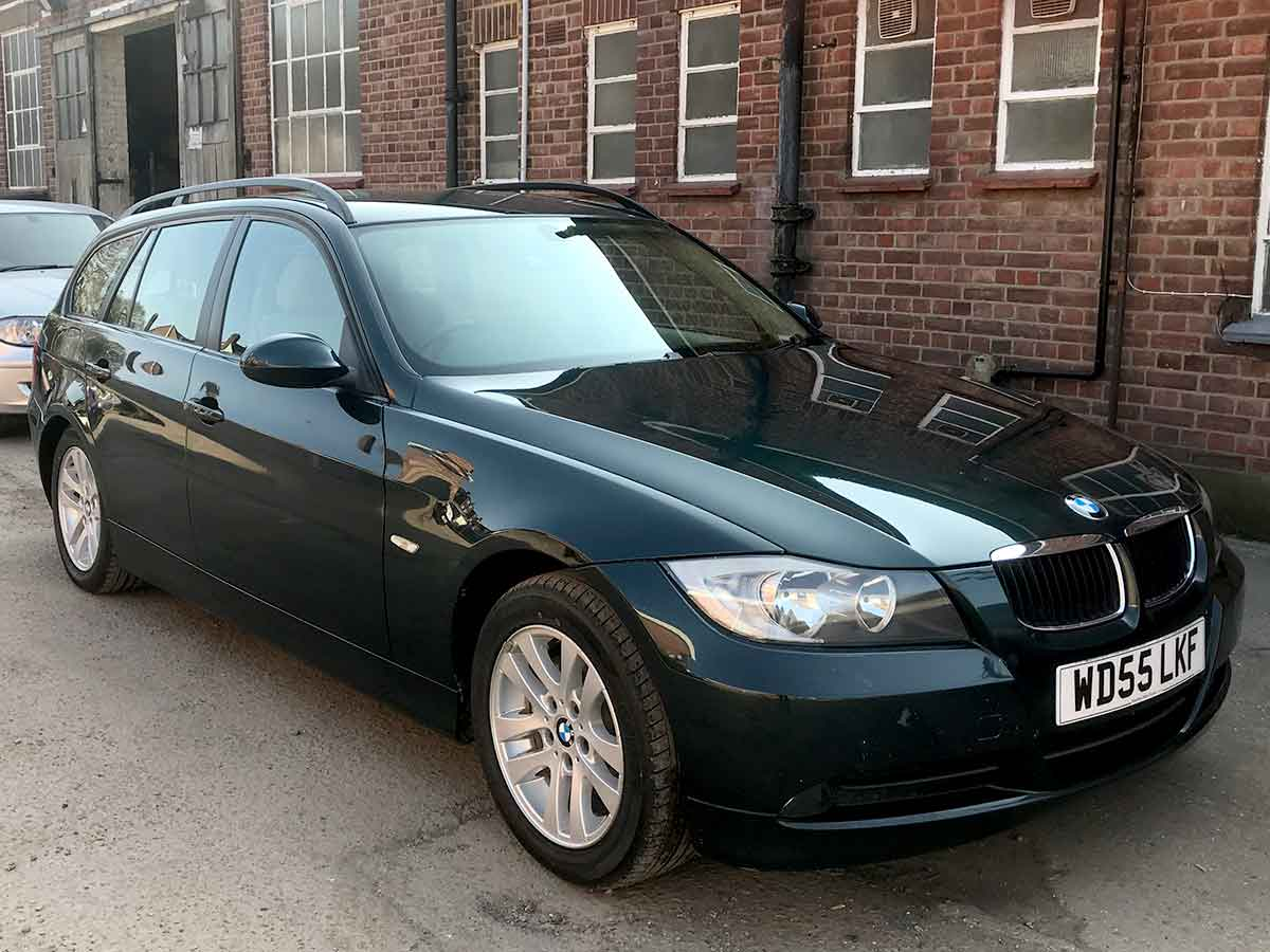 hight resolution of 2005 bmw 320i 2 0 se touring estate automatic petrol deep green met roof rails 107 000 fsh wd55lkf