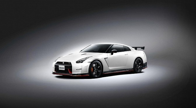 Nismo GT-R teaser film is out… ニスモGT-Rのティザー動画・・・
