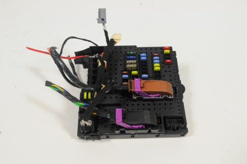small resolution of volvo xc90 4 4 v8 2006 lhd fuse box rear electric module unit rem 30728512