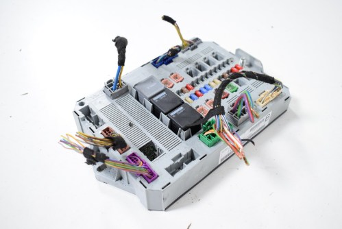 small resolution of jaguar xf 3 0 d 2009 rhd sam fuse box control unit module 9x23 14b476 bc
