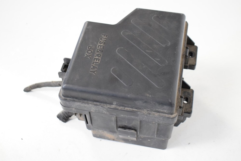 medium resolution of hyundai santa fe 2 2 crdi 2007 rhd relay fuse box with cover