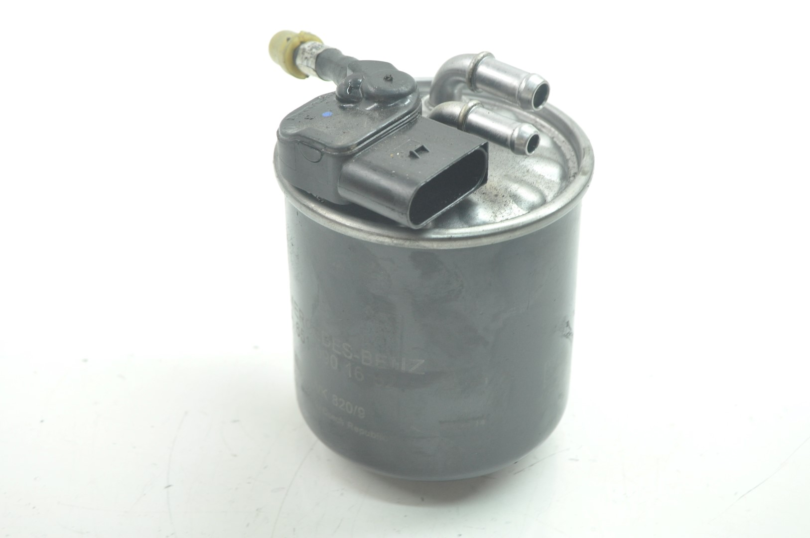 hight resolution of details about mercedes c220 bluetec w205 2015 rhd diesel fuel filter housing