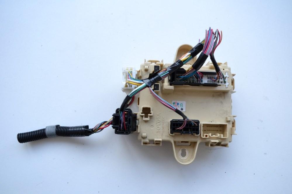 medium resolution of lexus rx 350 awd 2007 rhd fuse box board module unit
