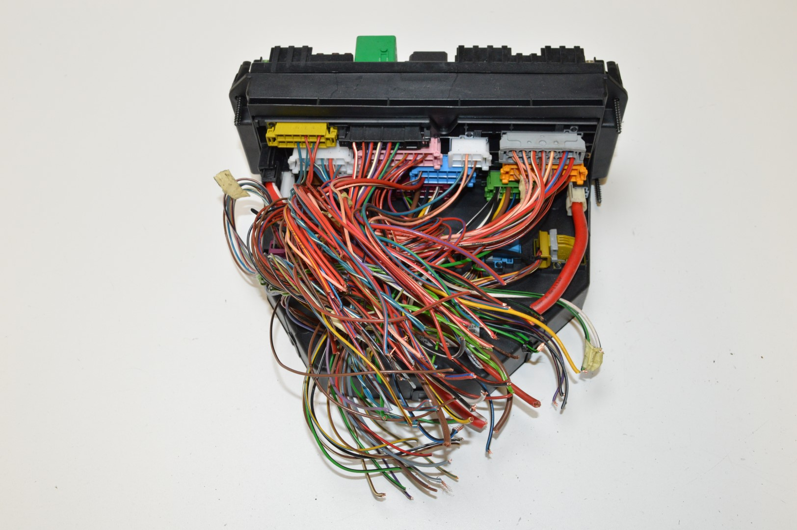 hight resolution of details about mercedes e350 cdi c207 2010 rhd fuse box sam unit module a2129000006
