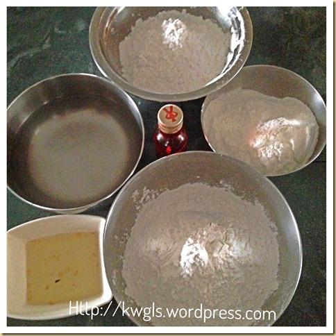 Rice Cake In A Peach Form?… Png Tao  (饭桃, 米包米, 饭粿, 潮州红桃粿)