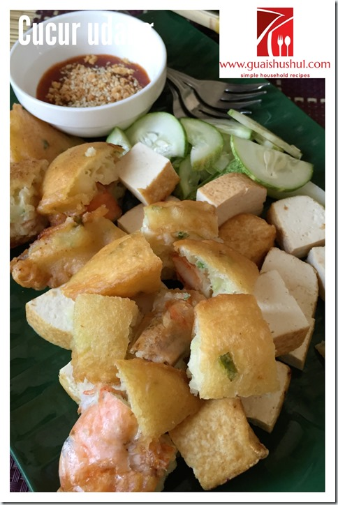 Chinese Style Deep Fried Prawn Fritters aka Cucur Udang (炸虾饼)