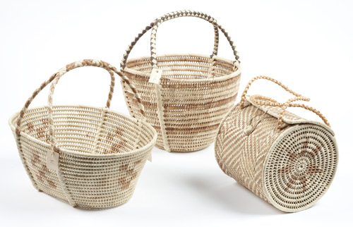 Three kato (baskets), Niue, 1970s, pandanus, coconut midrib, hibiscus bast fibre. Artist unknown. Purchased 1971, acc. no. 1971/44 (Te Papa: left, FE006150; middle, FE006156; right, FE006157).