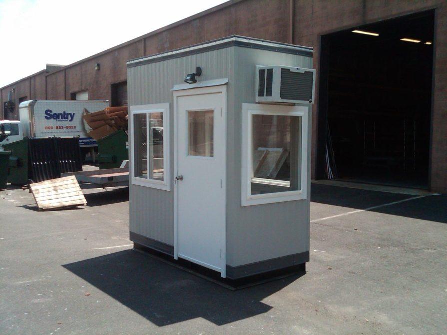 4 x 8 Operator Booth-Wheelabrator