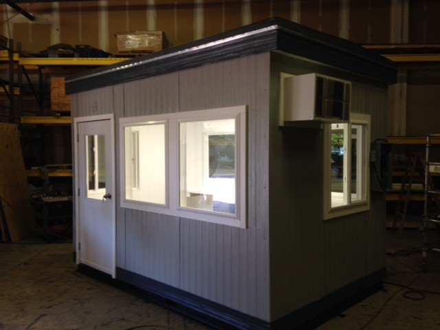 8 x 12-Operators Booth-Ingedion