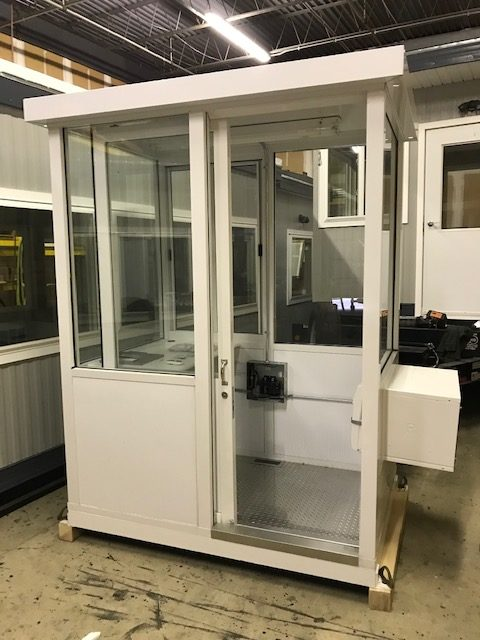 Guard Shack 4 x 6 White-Sliding door-Heat and Air