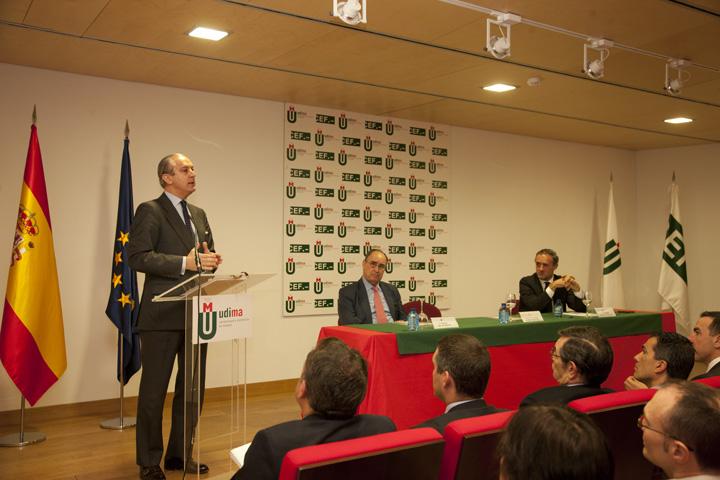 La Guardia Civil y la Universidad a Distancia de Madrid (UDIMA) firman un convenio de colaboración en materia de formación e investigación