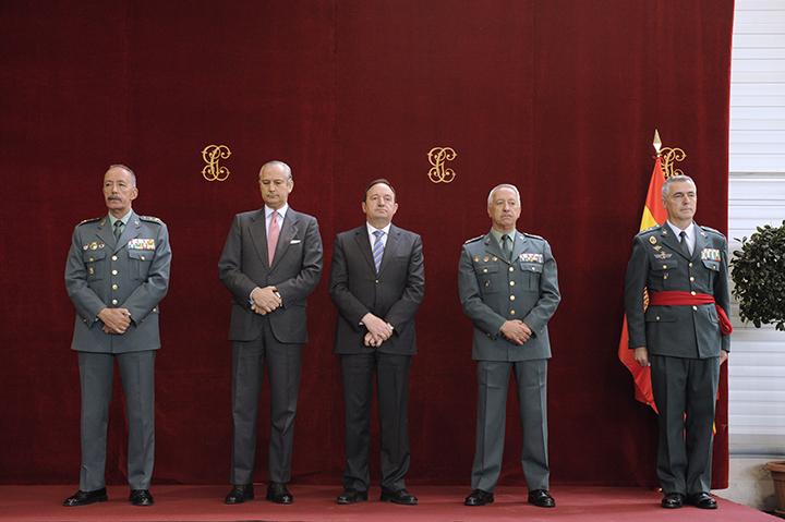 El Director General preside la Imposición de la Faja al General Félix Blázquez González