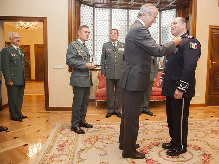 El Director General de la Guardia Civil recibe al Comisionado General de la Policía Federal de Méjico
