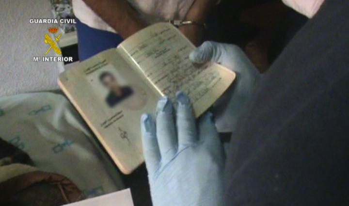 Desarticulada una organización internacional dedicada a la regularización fraudulenta de inmigrantes